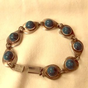 Jewelry - Vintage silver and turquoise stone bracelet
